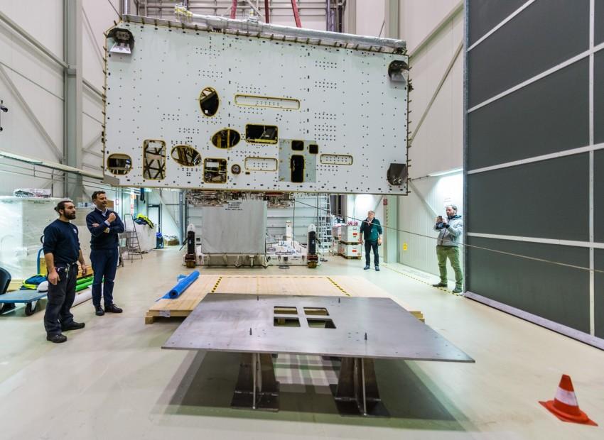 MGSE voor het transport van een satelliet